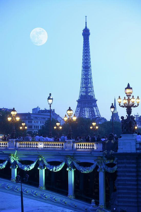 Evening View Of Eiffel , Paris